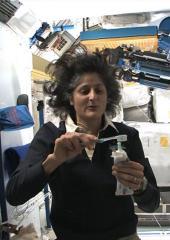 Suni In Space